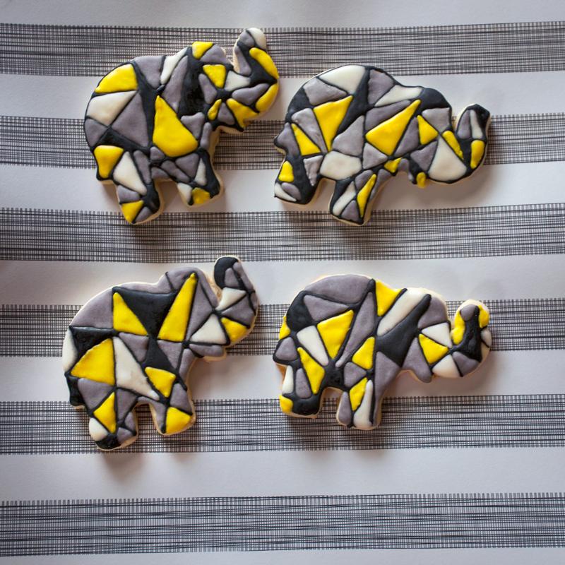 © Geometric Elephants
