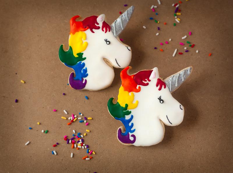 © Rainbow Mane Unicorn Cookies