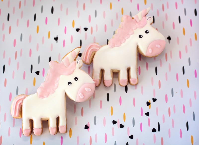© Cartoon Unicorn Cookies
