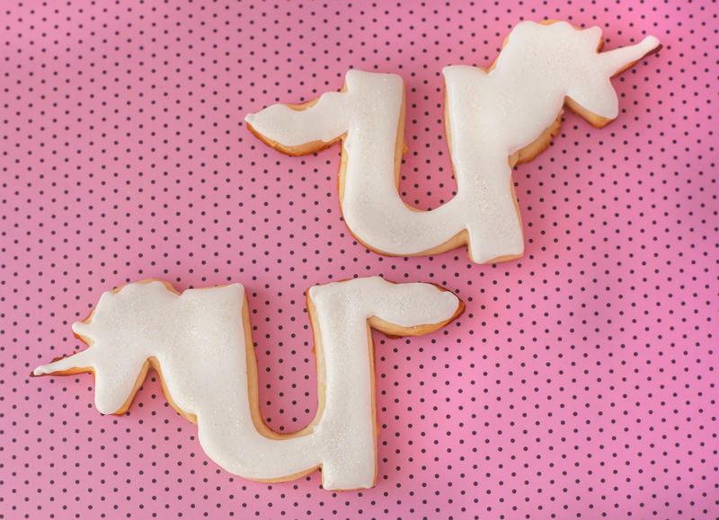 © Letter U unicorn cookies