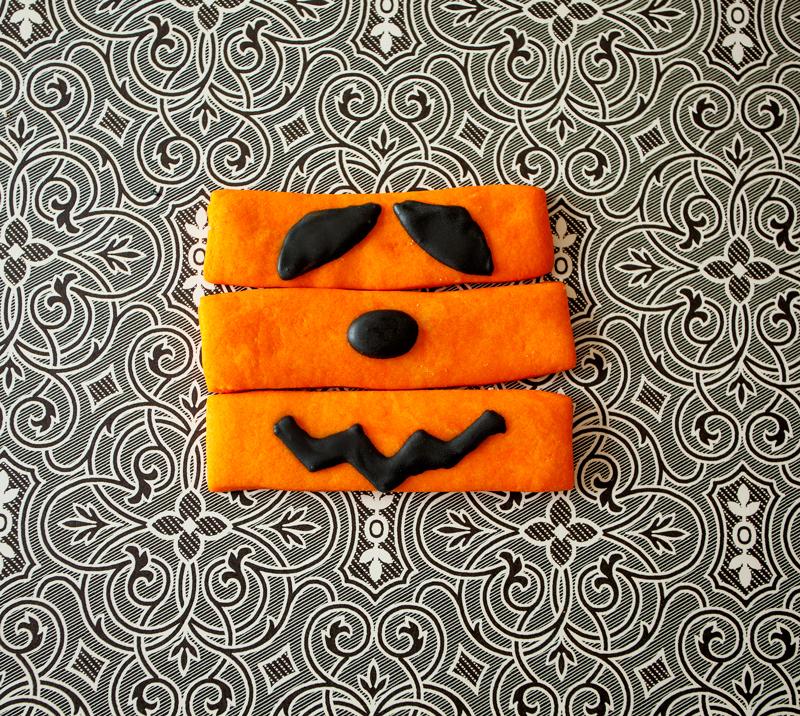 © Pumpkin Sticks with no icing