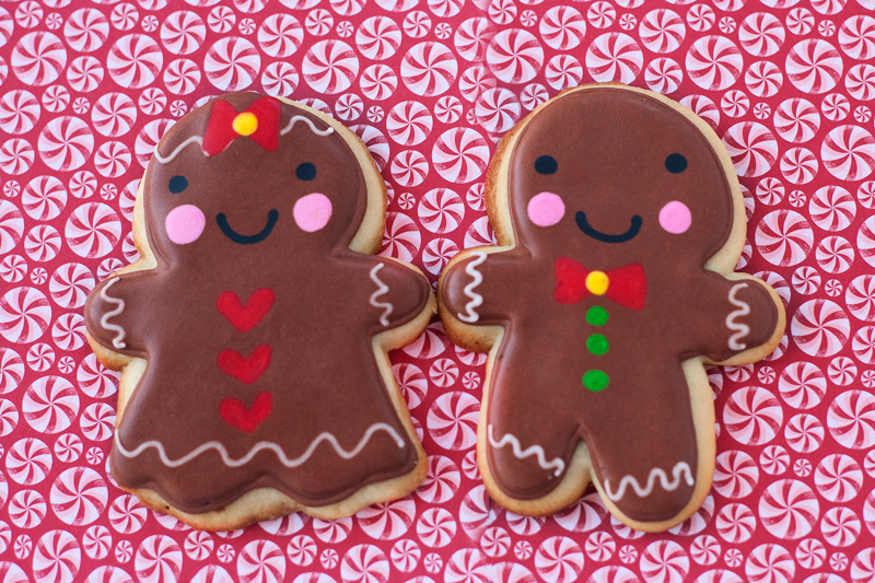 © Gingerbread Boy and Girl Cookies