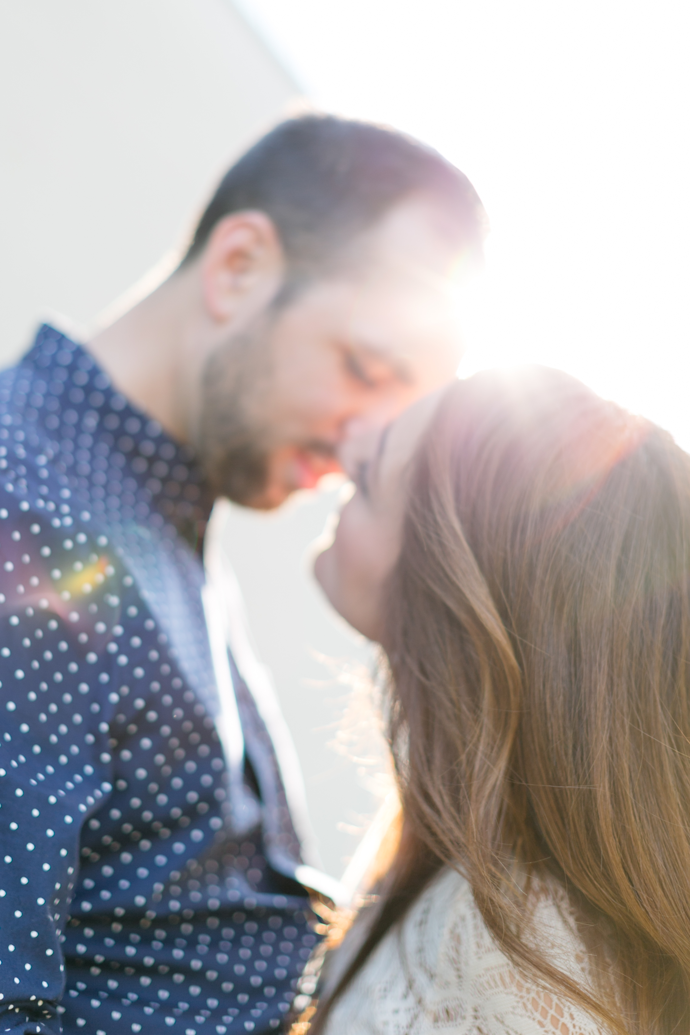 coupleshoot-munich-kiss-sun.jpg