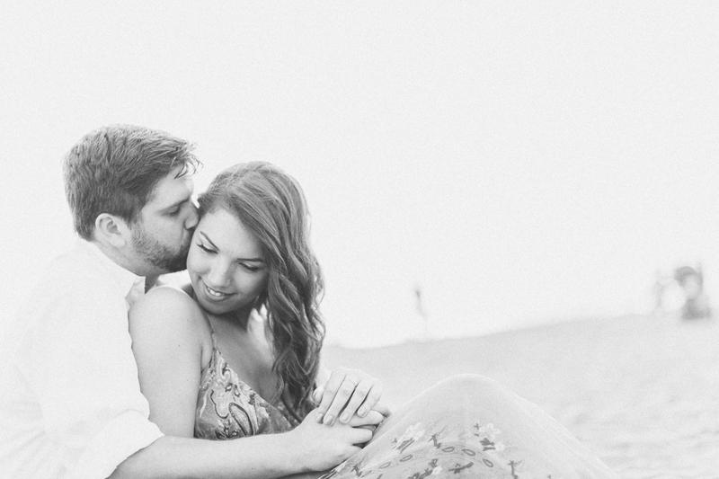 san_francisco-engagement-love-kiss.jpg