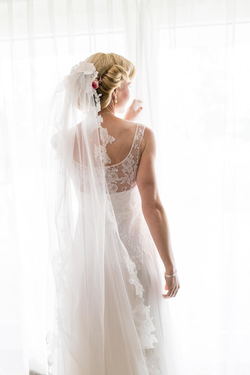 starnberg-starnberger_see-muenchen-hochzeitsfotograf-braut-brautkleid-getting_ready-schleier-trier-luxemburg-marriage-wedding.jpg