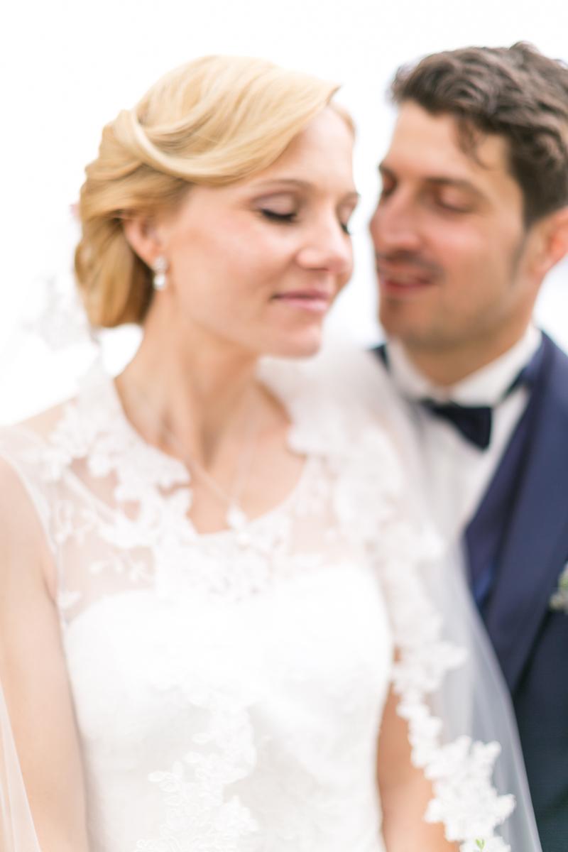 starnberg-starnberger_see-muenchen-hochzeitsfotograf-braut-brautkleid-getting_ready-schleier-trier-luxemburg-marriage-wedding-blurry.jpg