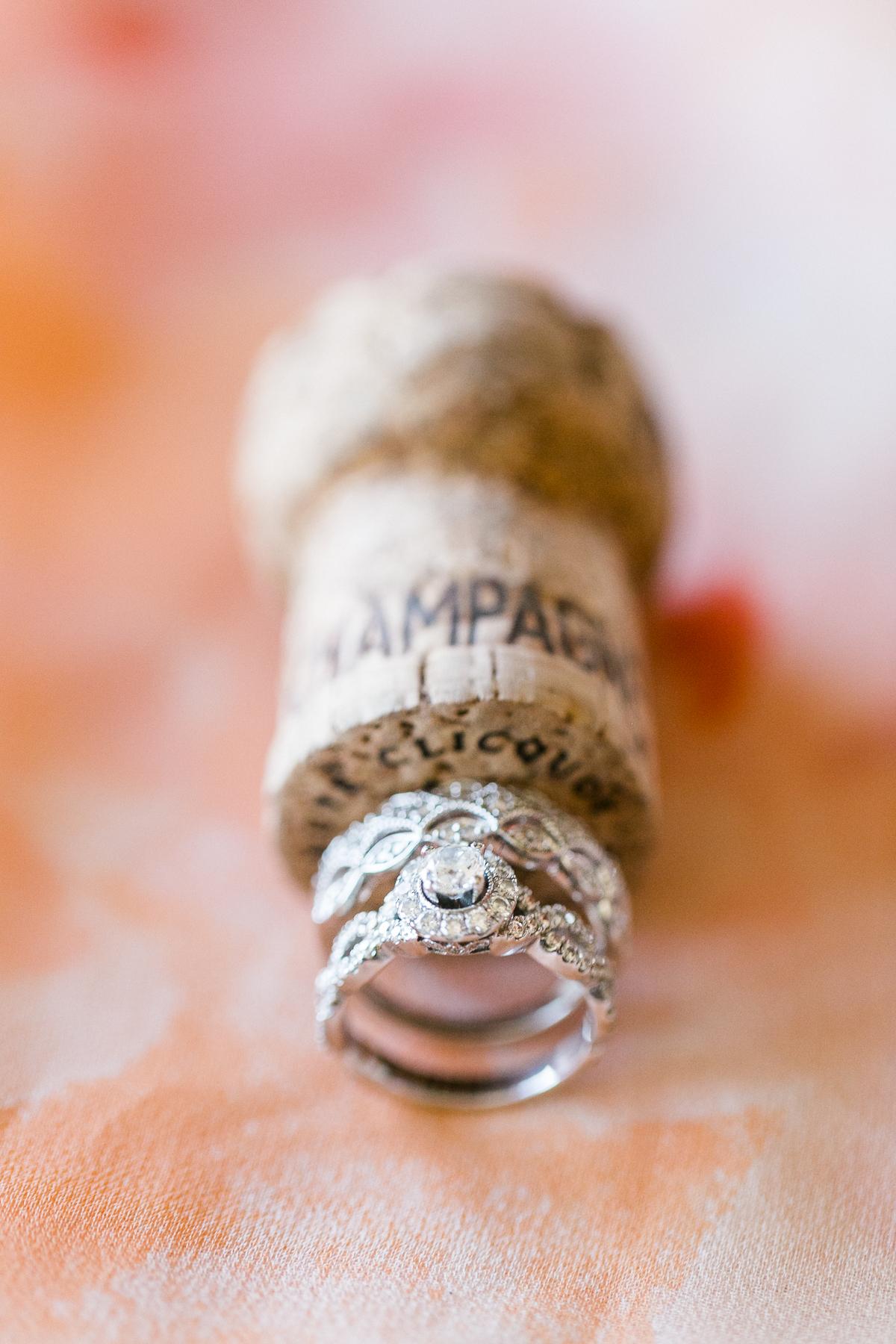 las_vegas-coupleshoot-brautpaar-paarshooting-blumen-hochzeit-wedding-marriage-hochzeitsfotograf-muenchen-luxembourg-trier-ringe.jpg