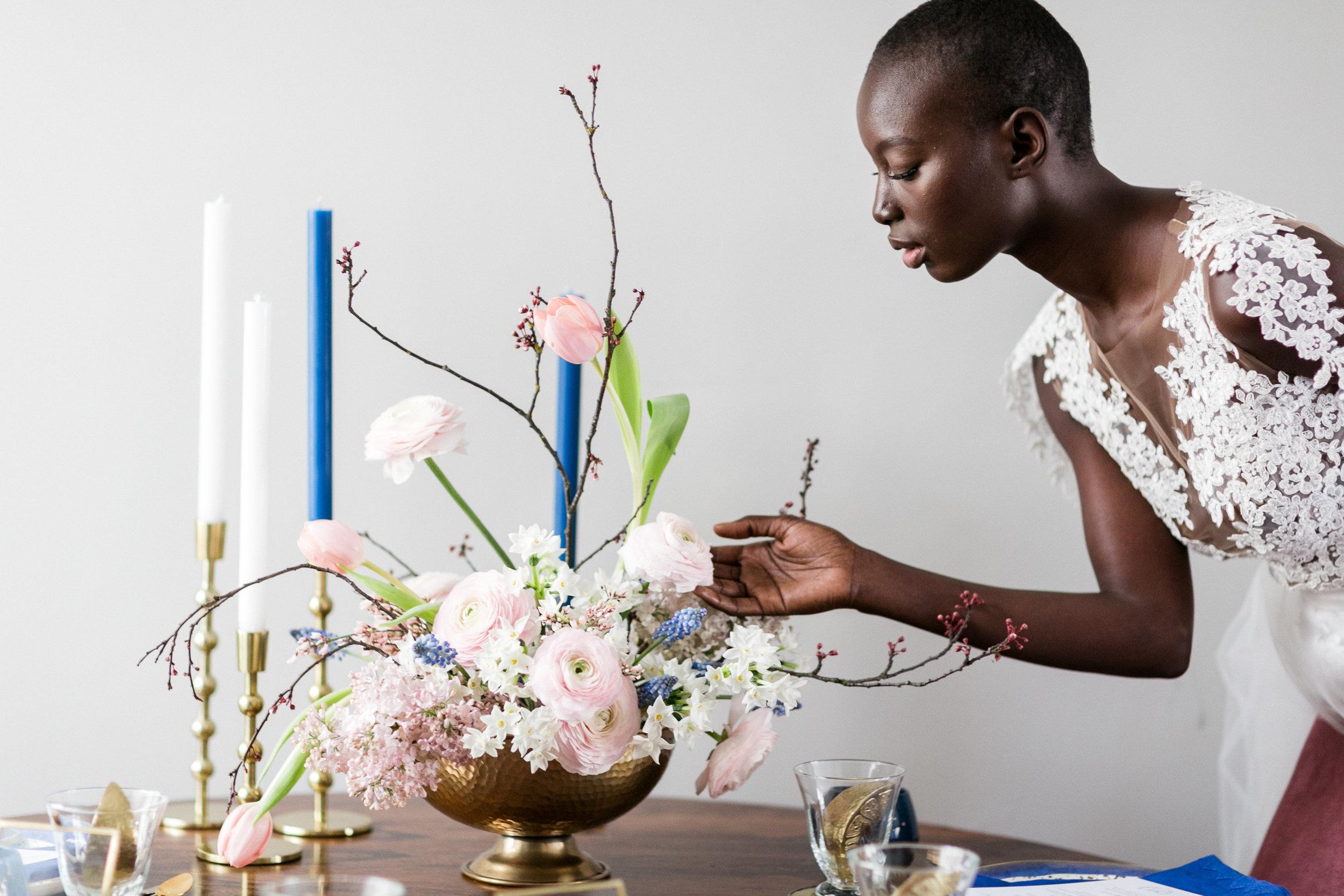 london-inspiration-braut-shooting-brautkleid-meghan-harry-deko-blumen-hochzeit-wedding-marriage-hochzeitsfotograf-muenchen-luxembourg-trier-flower.jpg