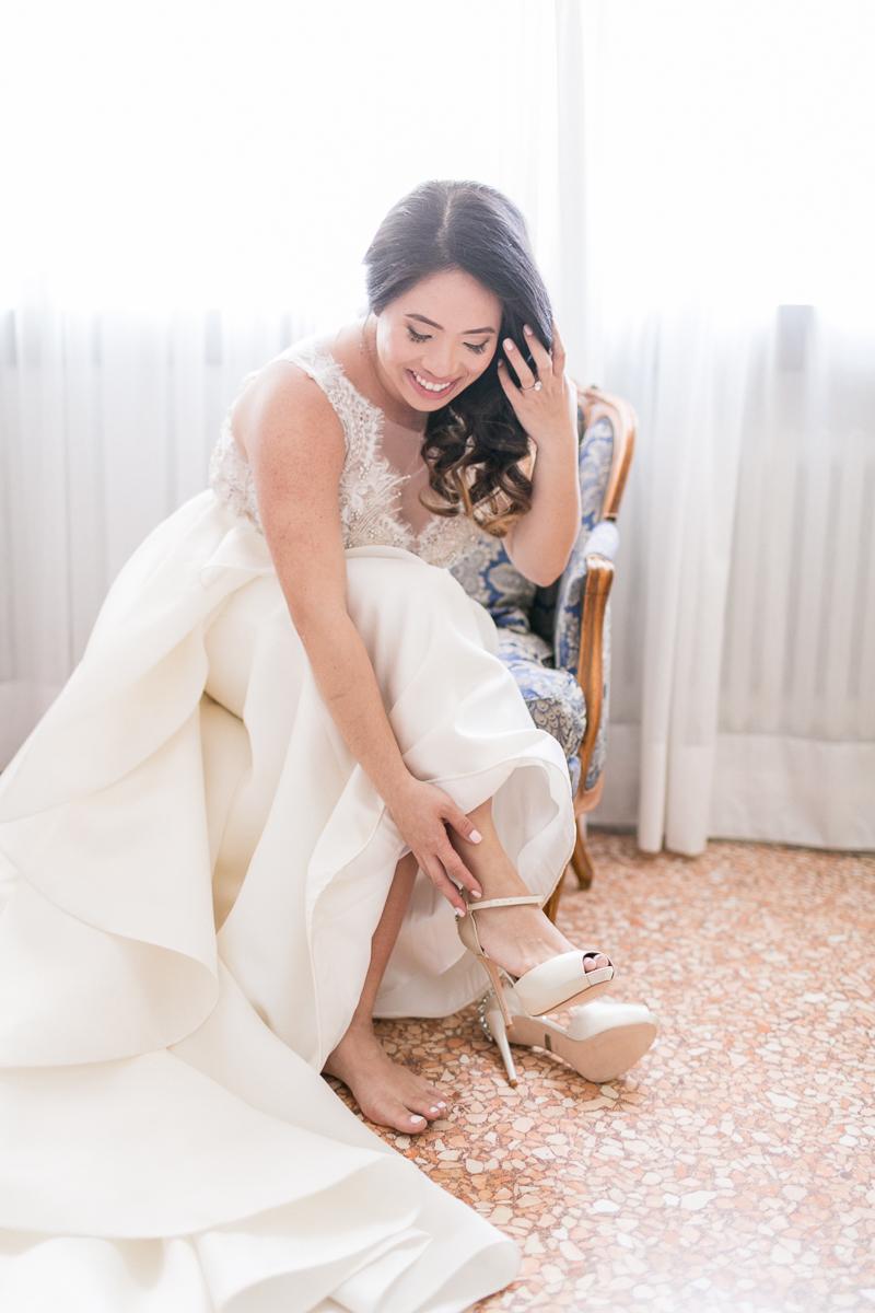 venedig-hochzeit-susanne_wysocki-hochzeitsfotograf-muenchen-trier-luxemburg-wedding-venice-italy-photographer-getting_ready-bride.jpg