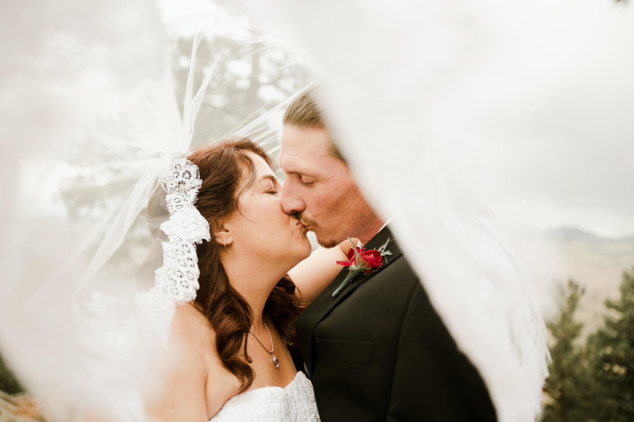 lookoutmnt-elopement-80.jpg