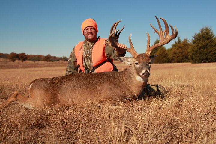 """Jason Cariker has been with Final Descent Outdoors as a pro staffer and owner for two years. Jason is based in Stratford, Oklahoma where is was born and raised. Jason is an avid bowhunter and has taken great bucks on camera for FDO in Texas and Oklahoma the past couple years including the largest buck ever taken on FDO, a 200"""" giant. Jason operates a construction business run by him and his wife as well as being an advocate for foster parenting in the state of Oklahoma."""