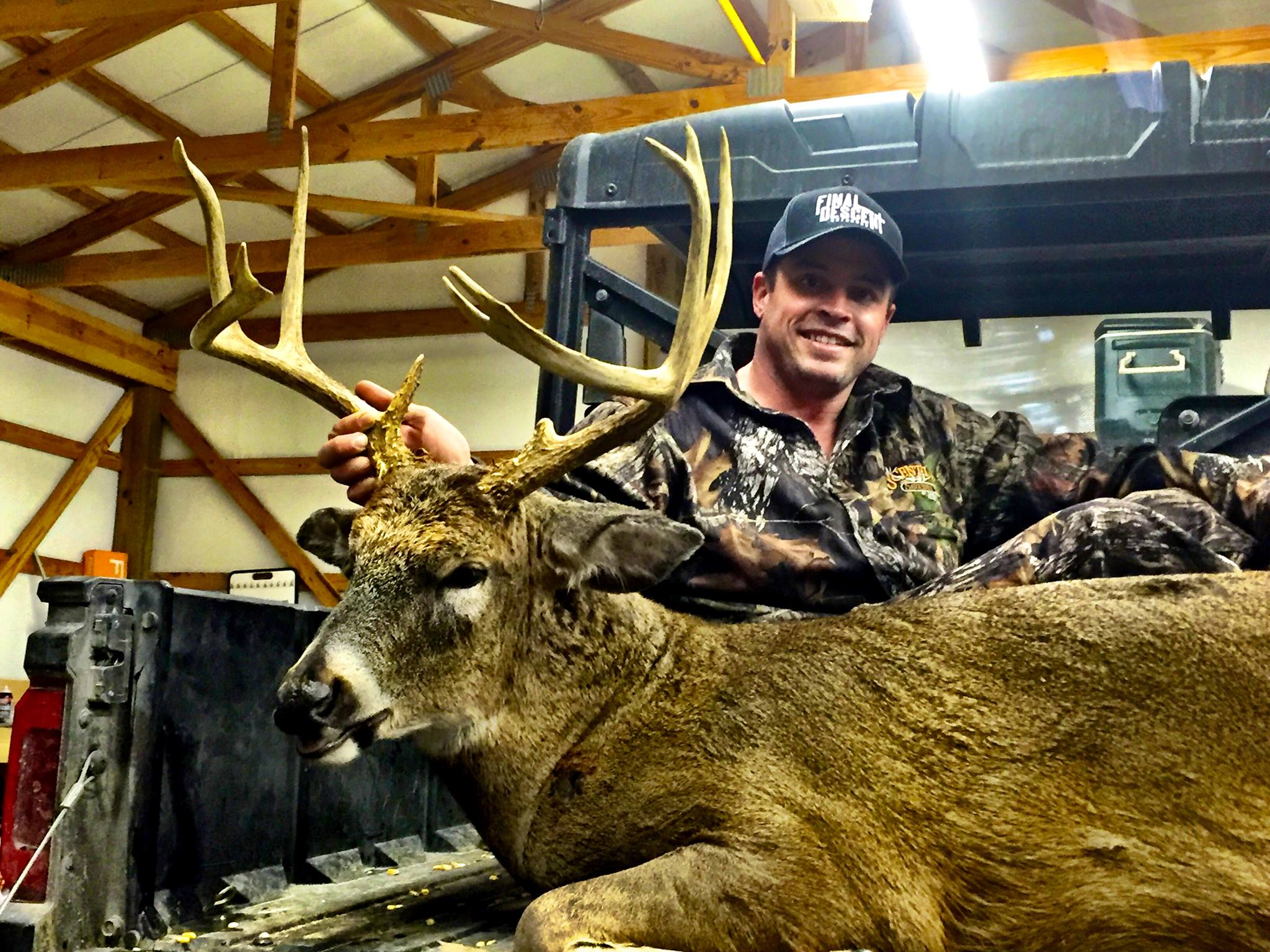 Brandon Riley is from Mayfield Kentucky and joined the Final Descent Outdoors staff in 2015. Brandon and fellow staffer Jonathan Stinson manage their property in western Kentucky for trophy whitetail and have had some great success over the years. Brandon is a linesman by trade and when he isn't working and hunting he is with his family or attending his home church in Mayfield, Trace Creek Baptist Church. Brandon loves to deer hunt but also loves to chase turkeys and completed his first grand slam in 2015.