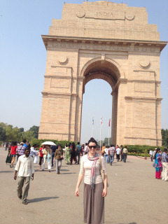 At India Gate. Designed by Lutyen. This part of New Delhi is known as Lutyen's Delhi – created to house the expats away from the 'real' Delhi otherwise known as Old Delhi.
