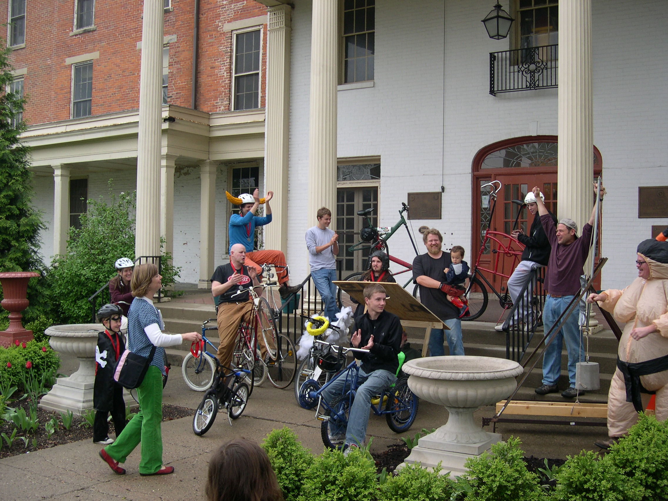 Humble beginnings: the original Kinetic Sculpture Race in 2010...60 people total, racers and viewers!