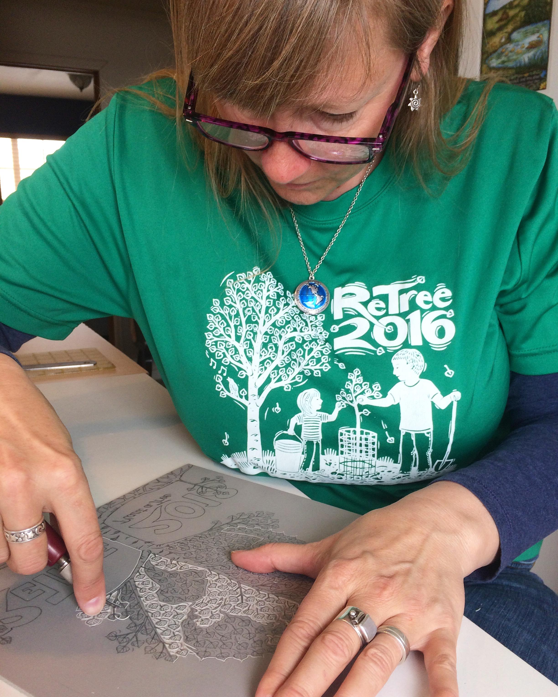 Jill Bergman carving linocut.JPG