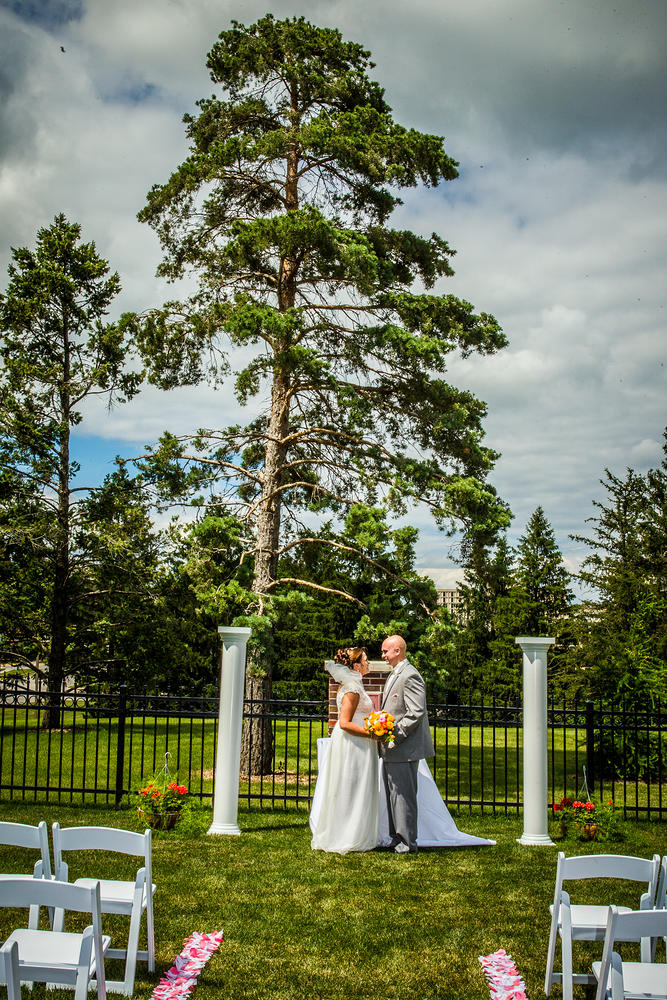 Red_Door_Photo_Des_Moines_Wedding_Photographers-134.jpg