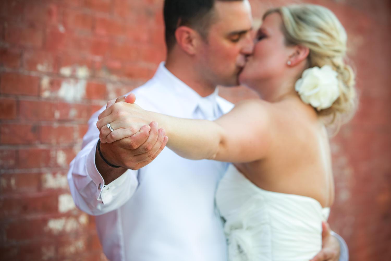 Red Door Photo and Design - Wedding Photographer Iowa - 515.254.2588