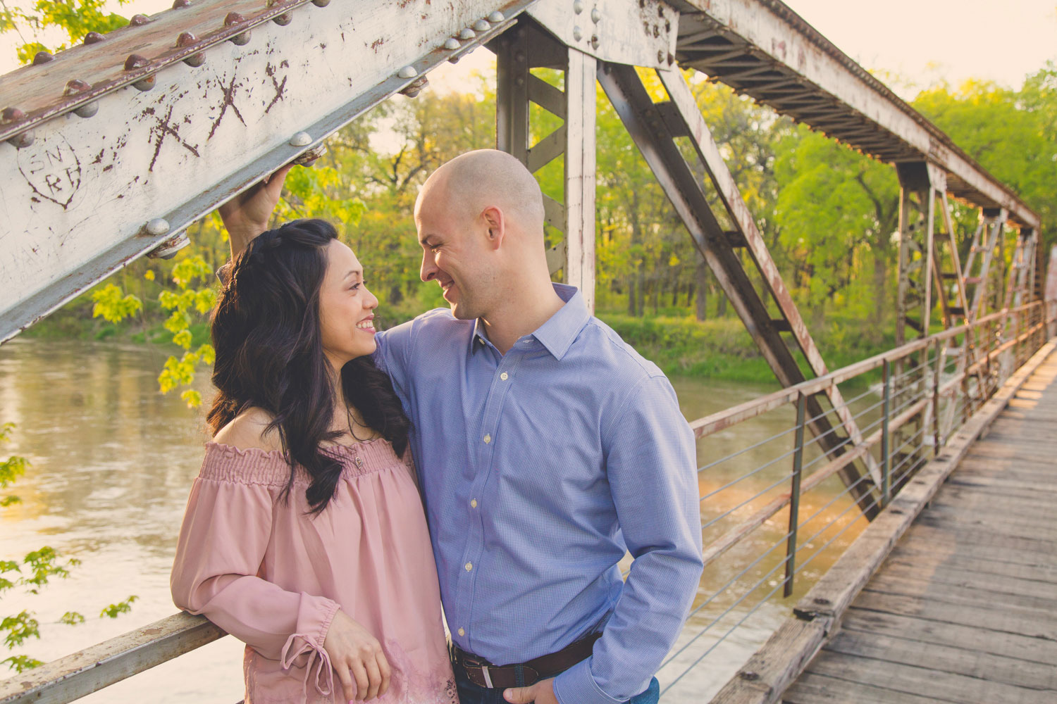 Engagement PHotographer des moines iowa