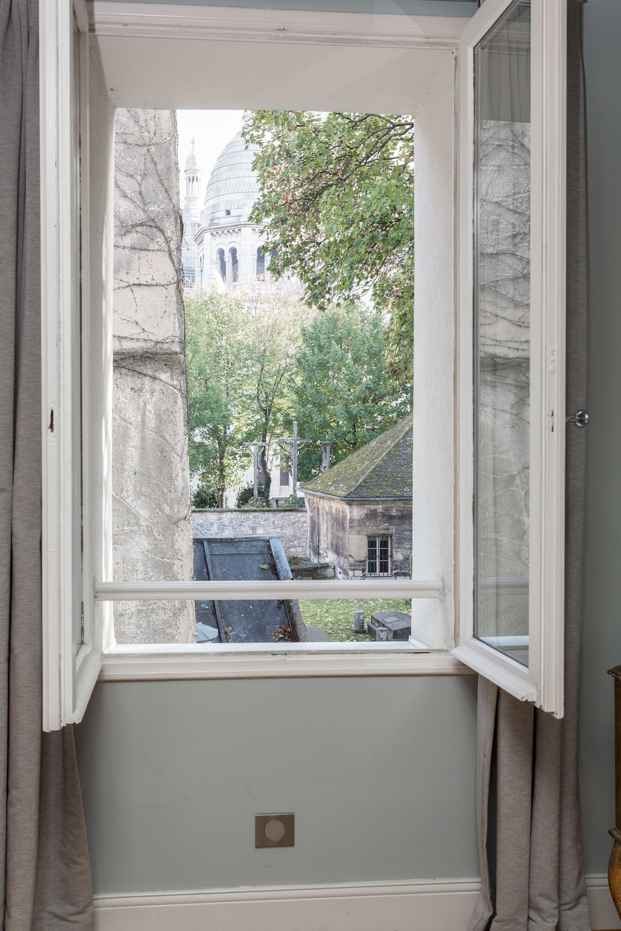 Rue du Chevalier de la Barre-39.jpg