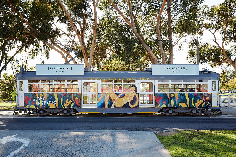 sch-tram2.jpg