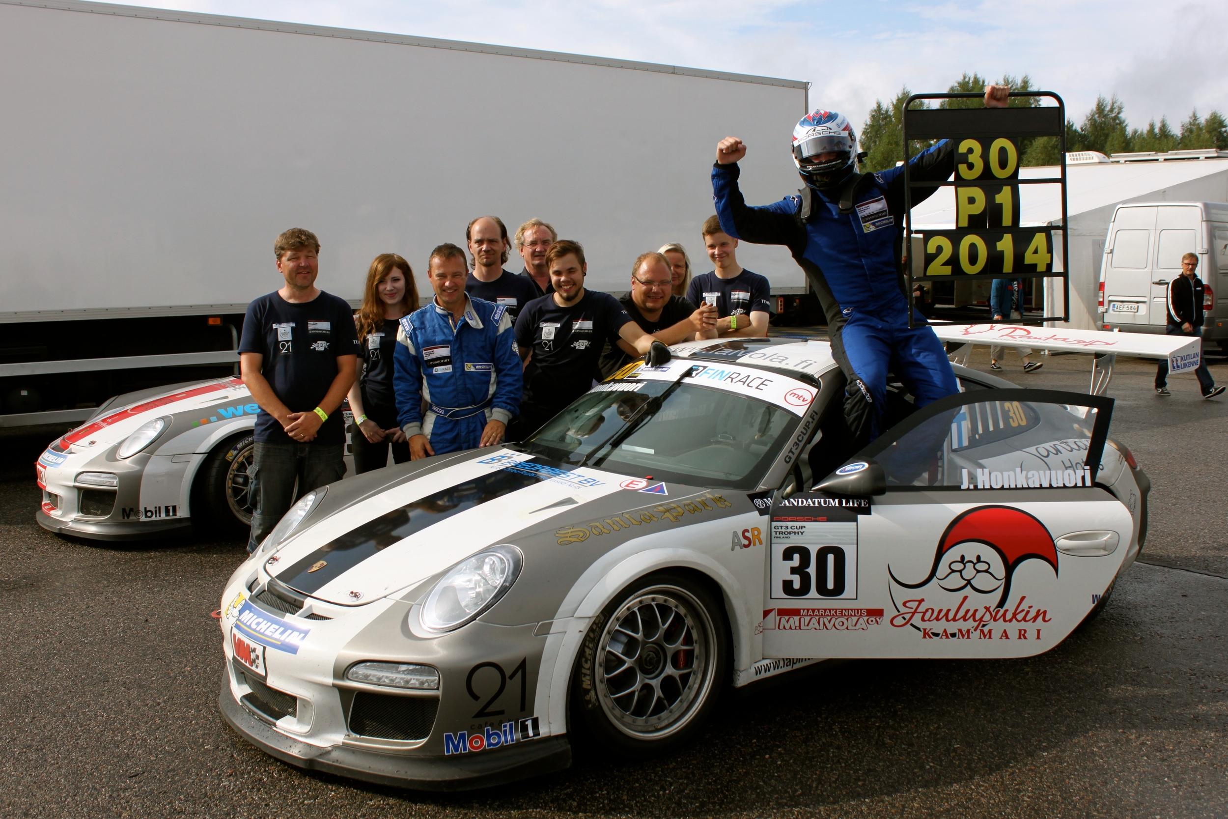 Porsche GT3 Cup Finland ja Finrace mestari 2014!