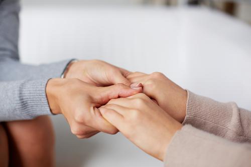 El cuidador informal puede sufrir importantes síntomas psicológicos