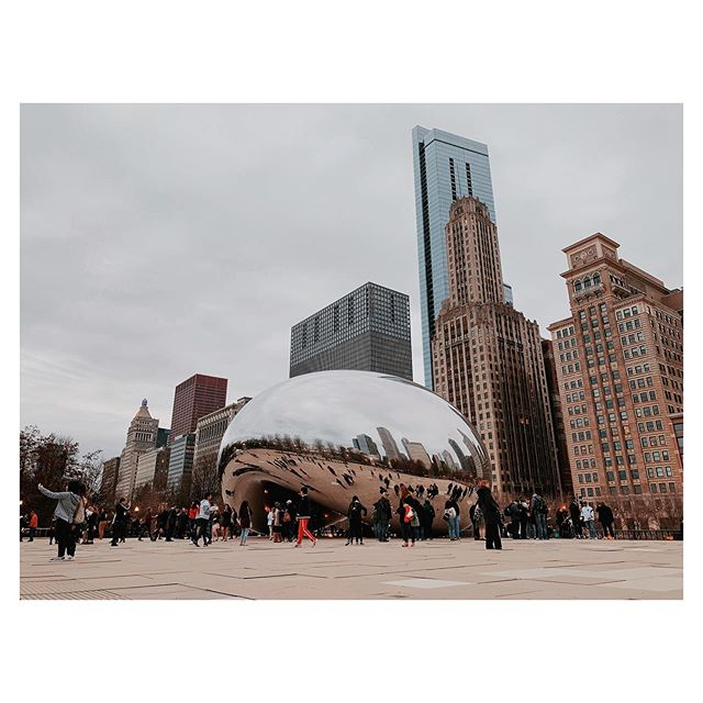 "Anish Kapoor's ""Cloud Gate."" He beat out Jeff Koons for this commission: Koons' proposal had accessibility issues (it involved a 28-meter-high observation platform) but also, the selection committee simply ""liked Anish's work so much."" Many thought it was impossible to make the continuous, reflective shape. Building a portal to a city and sky is hard, I guess. #chicagobean"