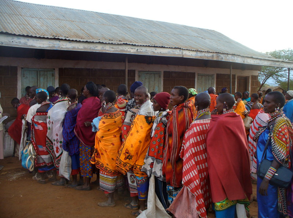 In 2006, BEADS' efforts were able to feed more than 7,000 hungry people for a month.