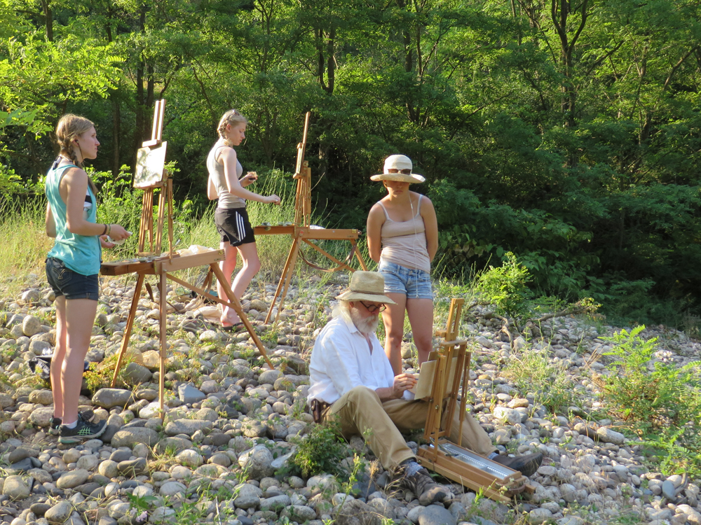 Summer painting program for high school students in the south of France.