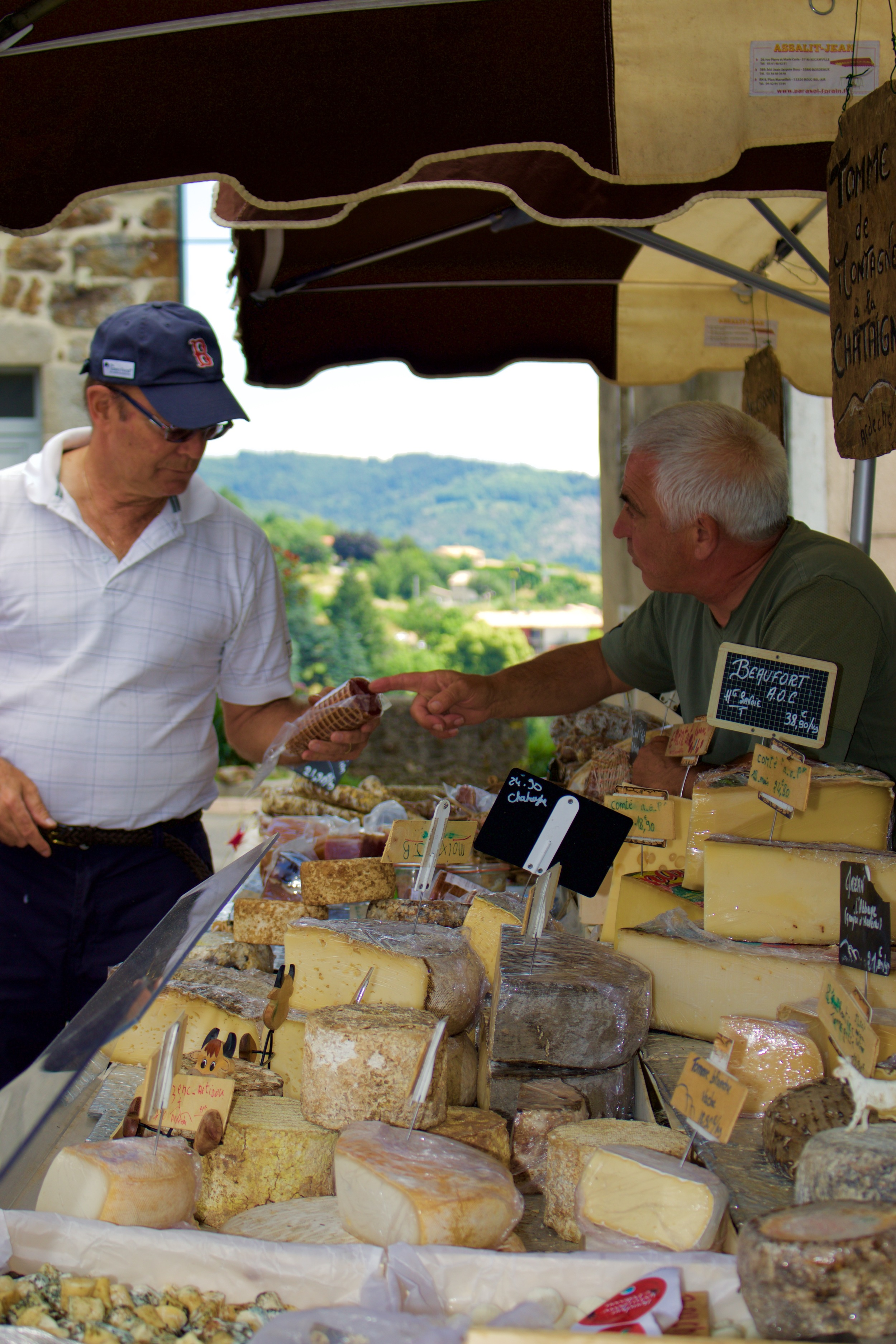 Fernando selecting the finest cheeses and saucissons for the tasting session.