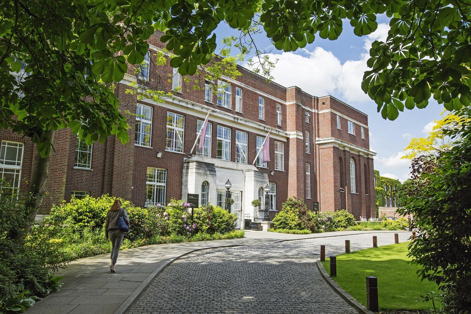 Regent's Uni - external.jpg