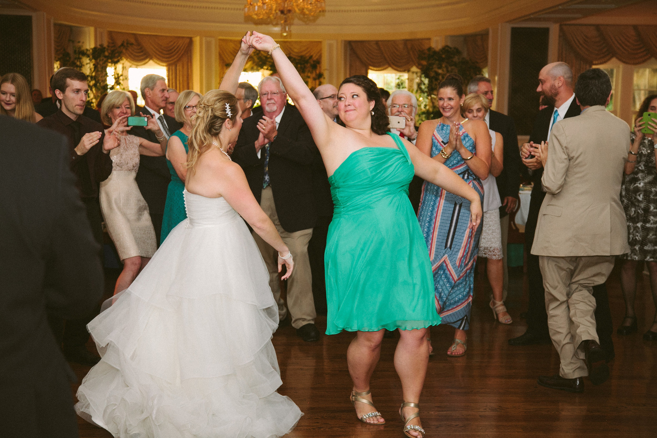 Vness-Photography-Chevy-Chase-Country-Club-A&R-Wedding-698.jpg