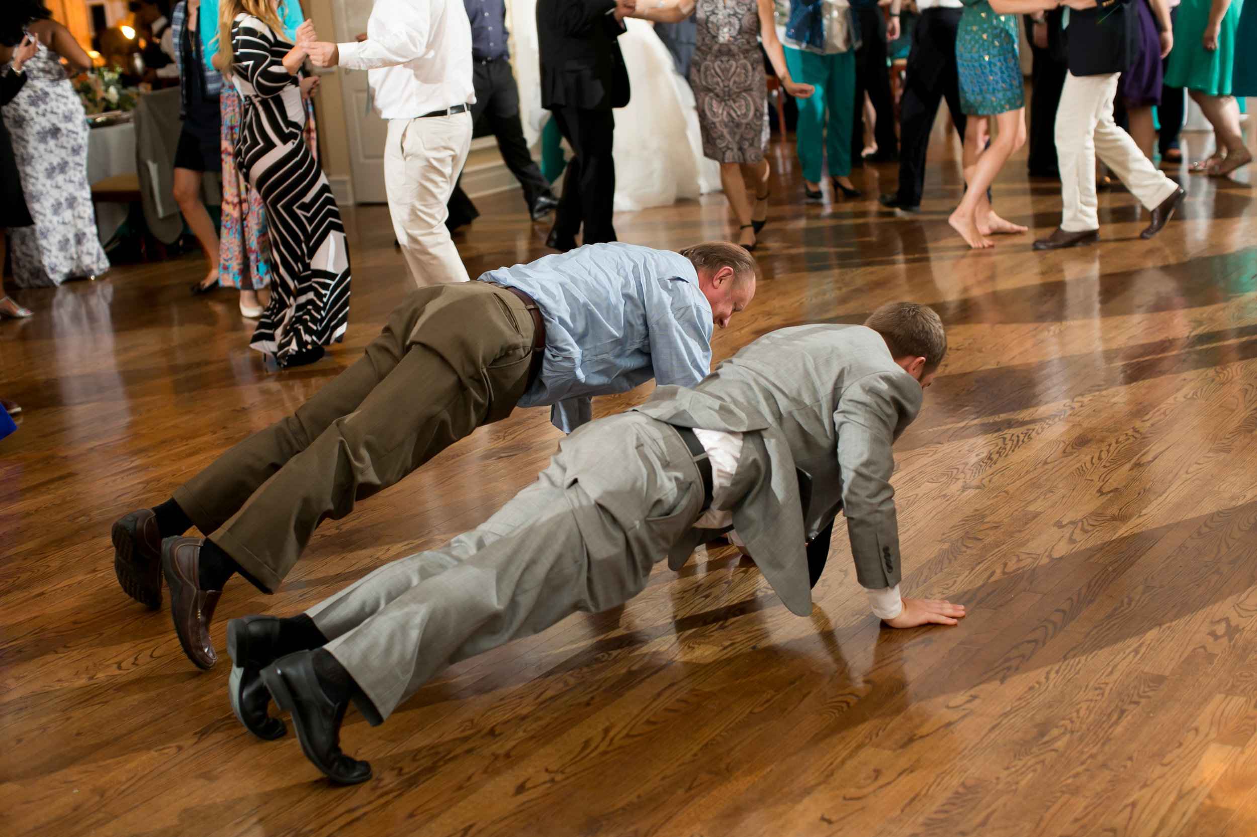 Vness-Photography-Chevy-Chase-Country-Club-A&R-Wedding-847.jpg
