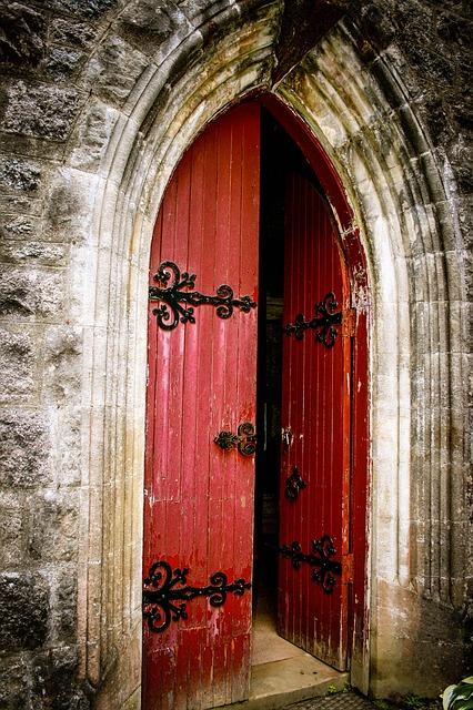 church-2564560_640.jpg