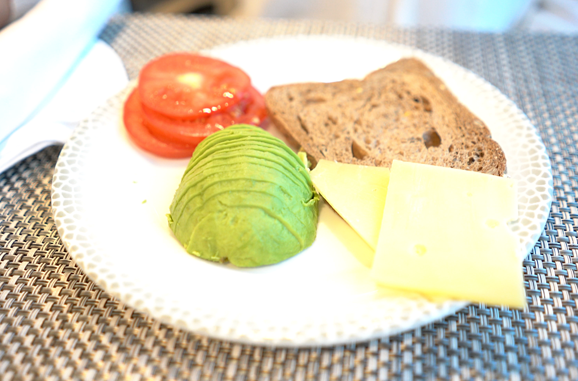 I was really pleased to find my favourite breakfast fayre, avocado in the windows cafe..