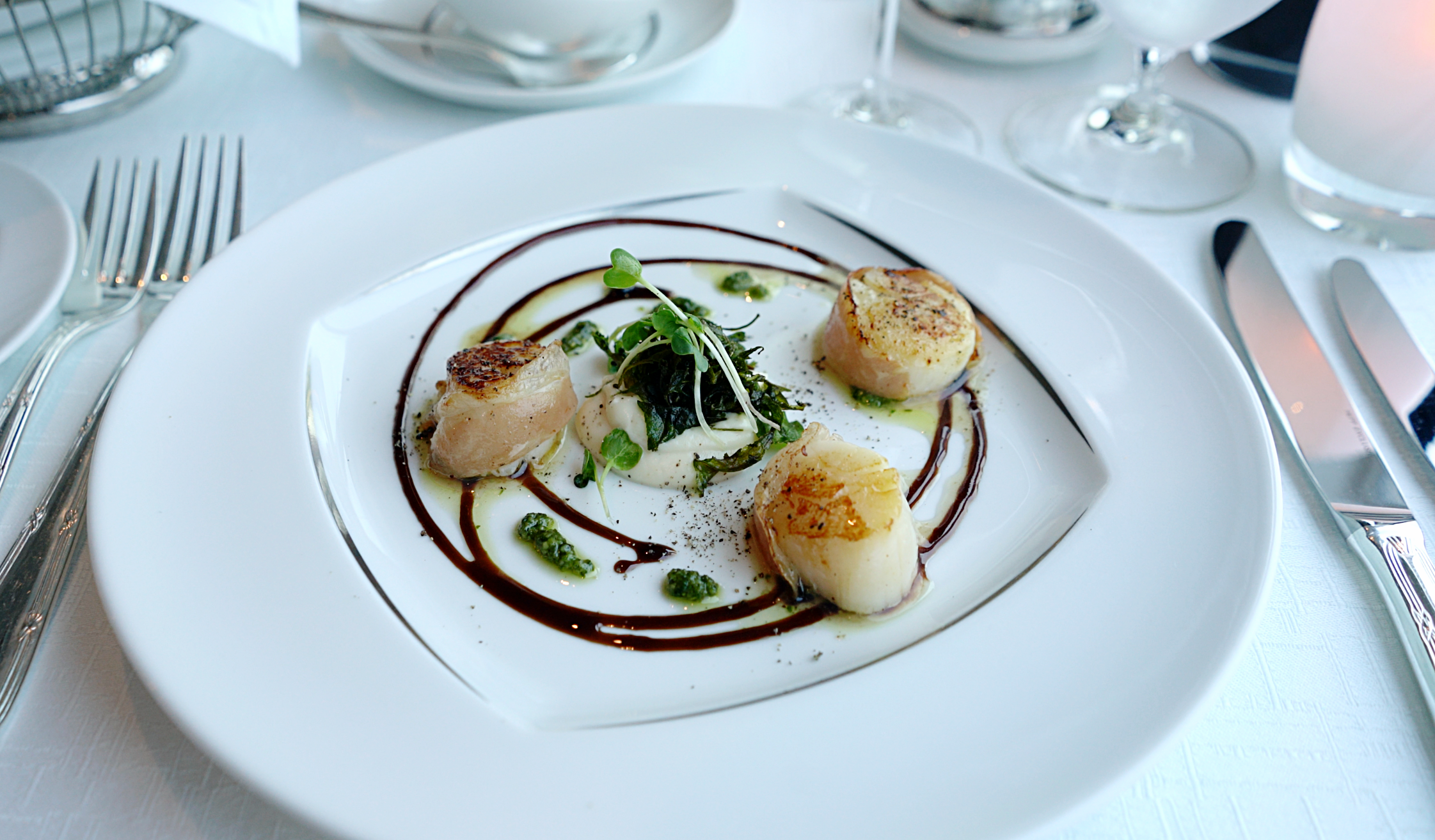 The scallop starter in the Aqualina restaurant.
