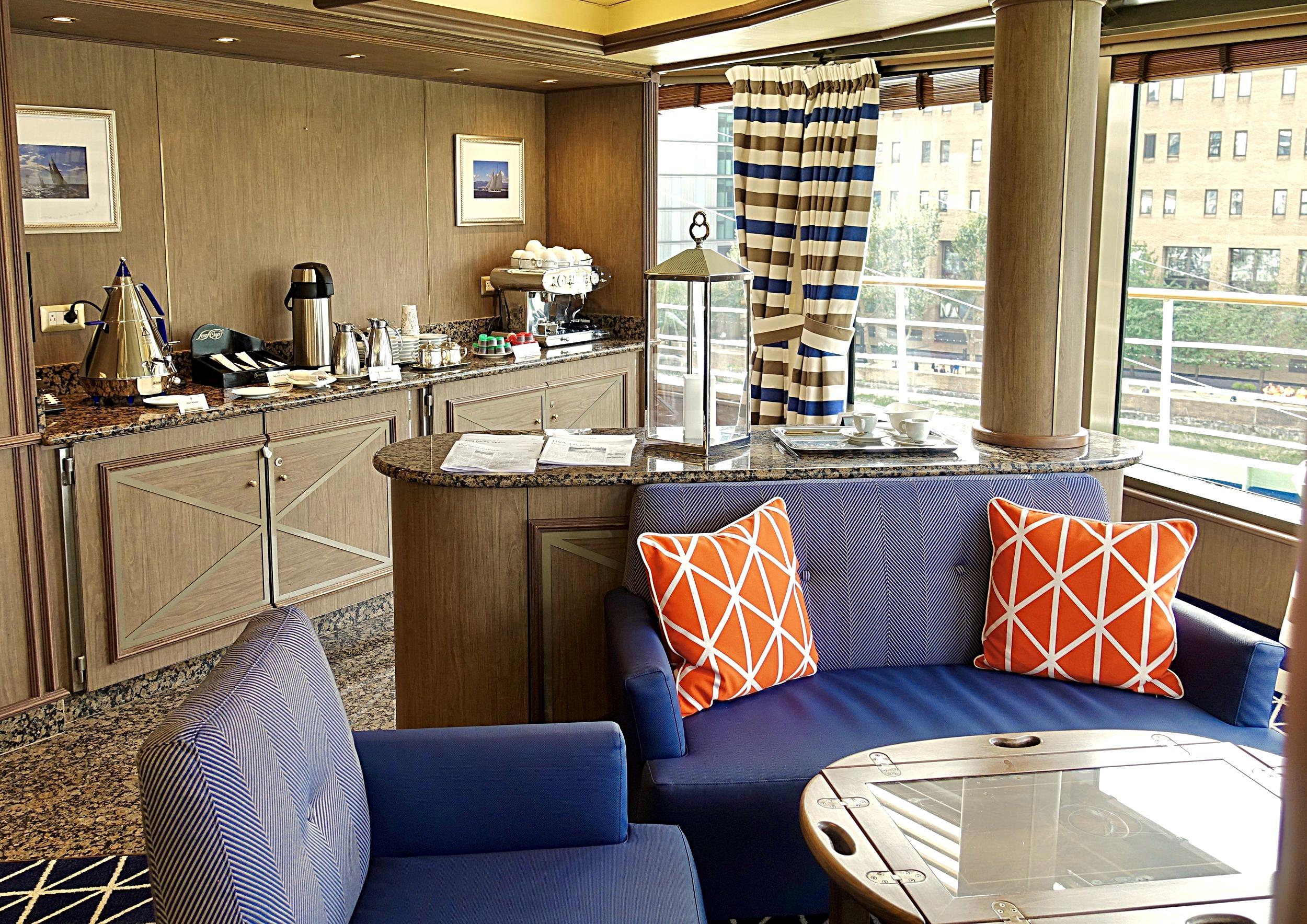 The Tors observation lounge self-service bar.