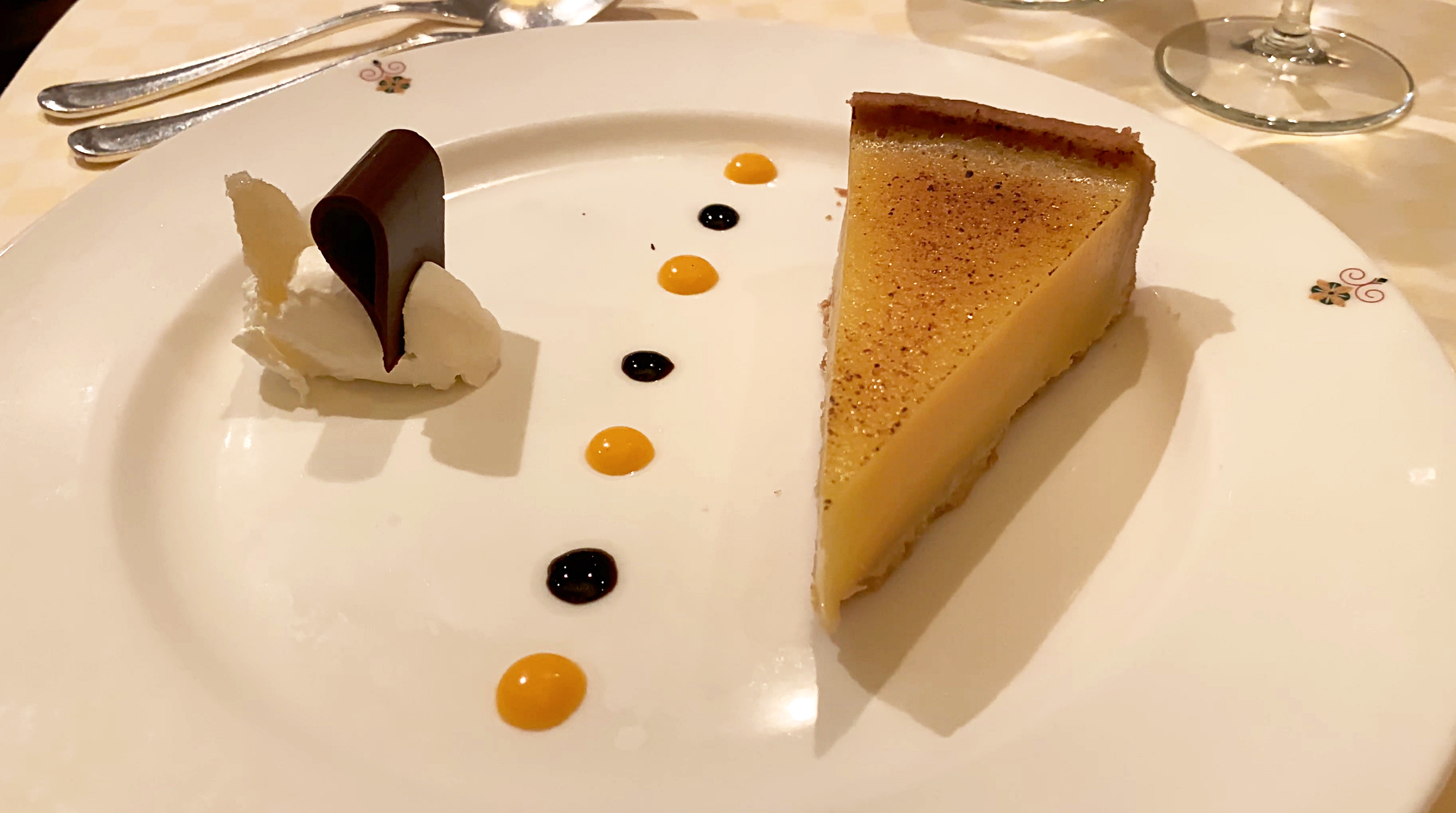 The delicious Sabatinis lemon tart.