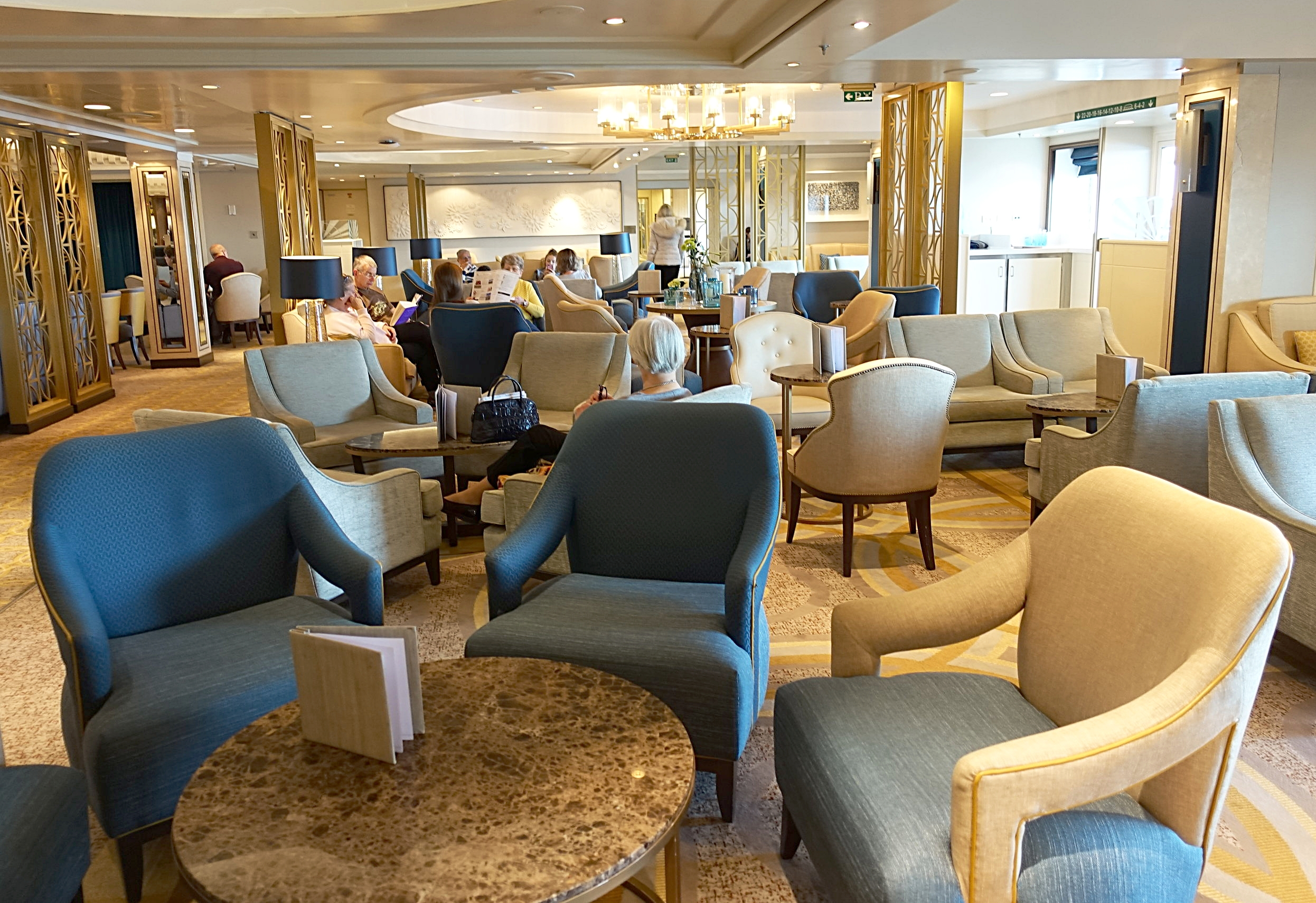 We loved the decor and design style of the Carinthia Lounge.