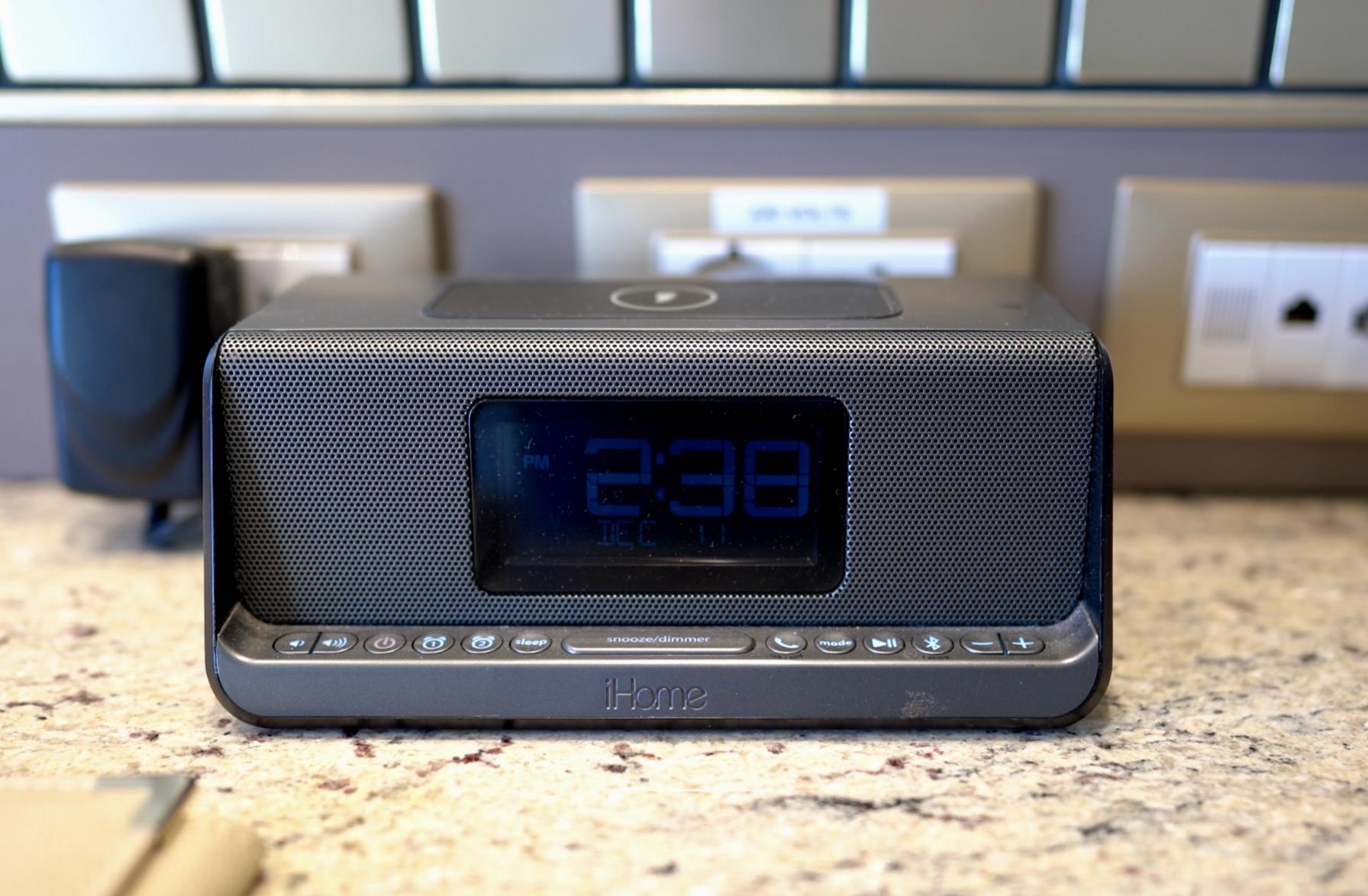 The charging station digital clock
