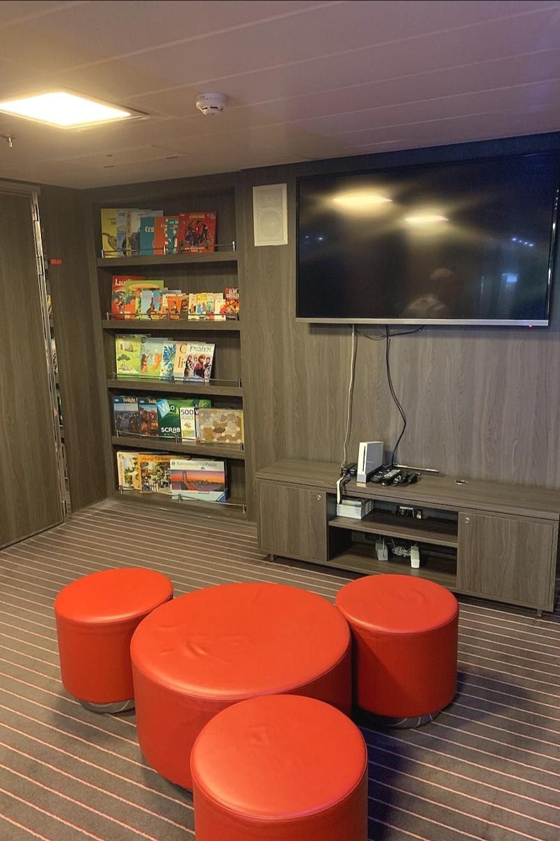 Kids Club TV/gaming area.