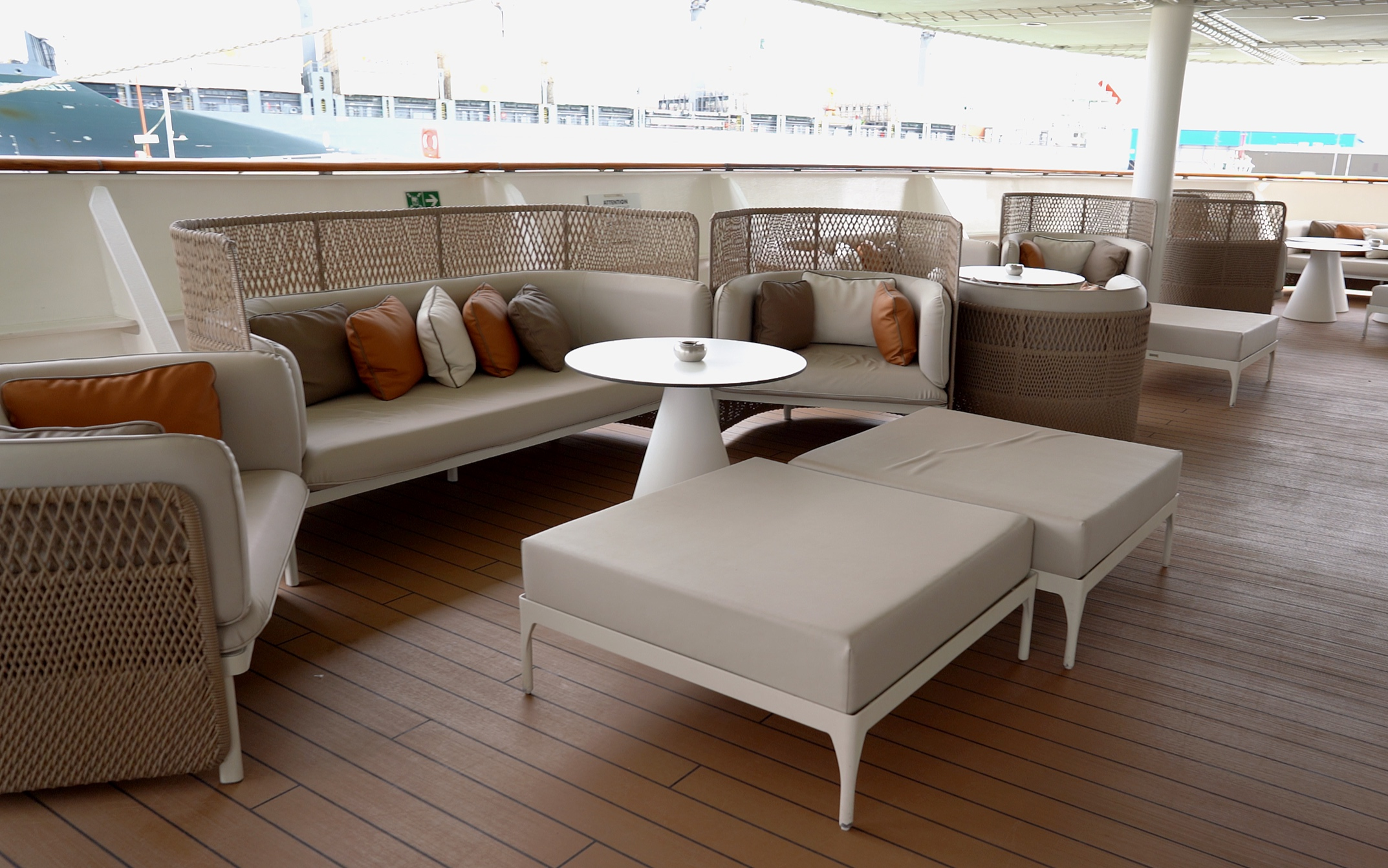 The Lounge outside seating area.