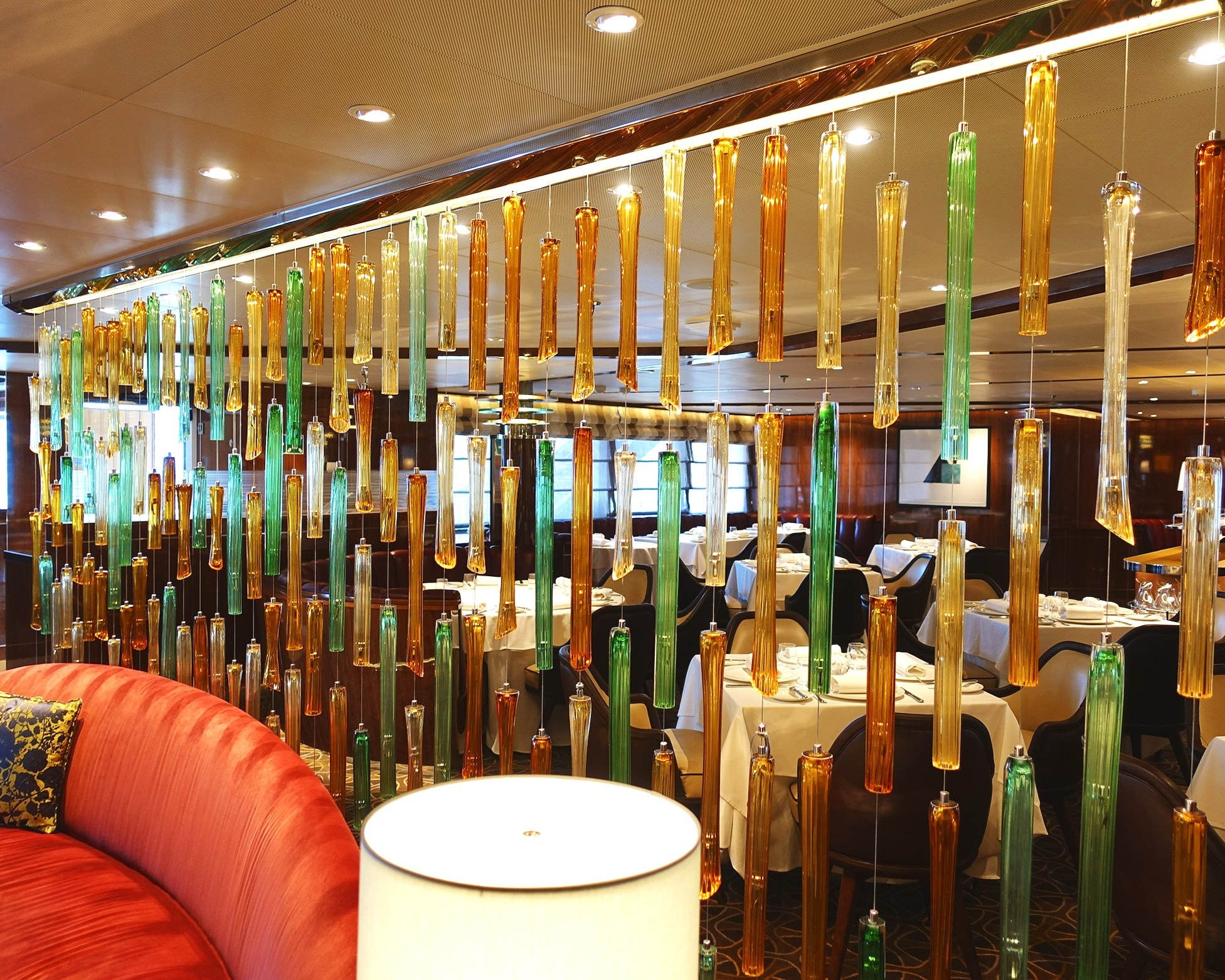 We loved this glass wall dividing the bar from the restaurant area.