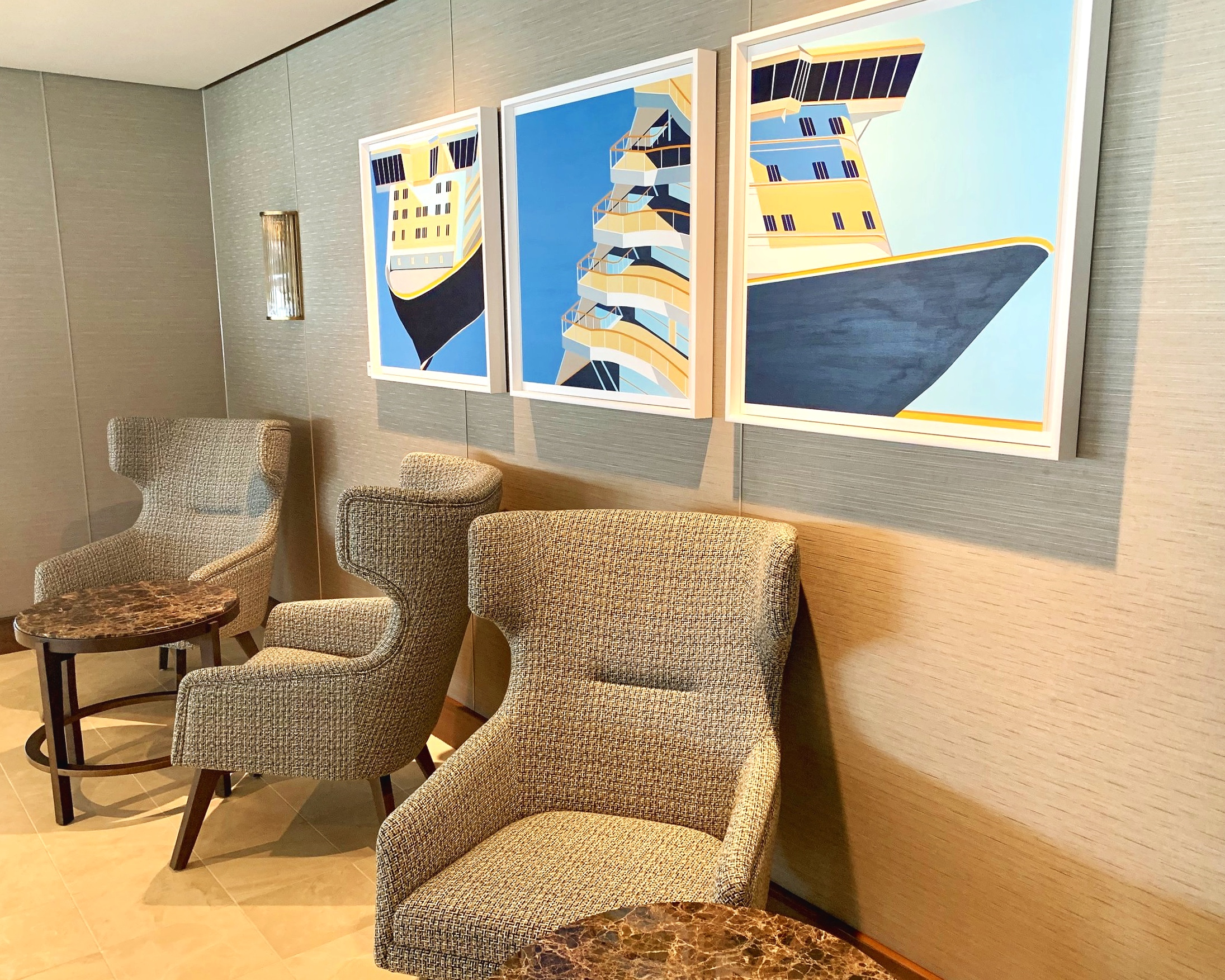 We loved the artwork, seating options and decor in the Britannia lounge.