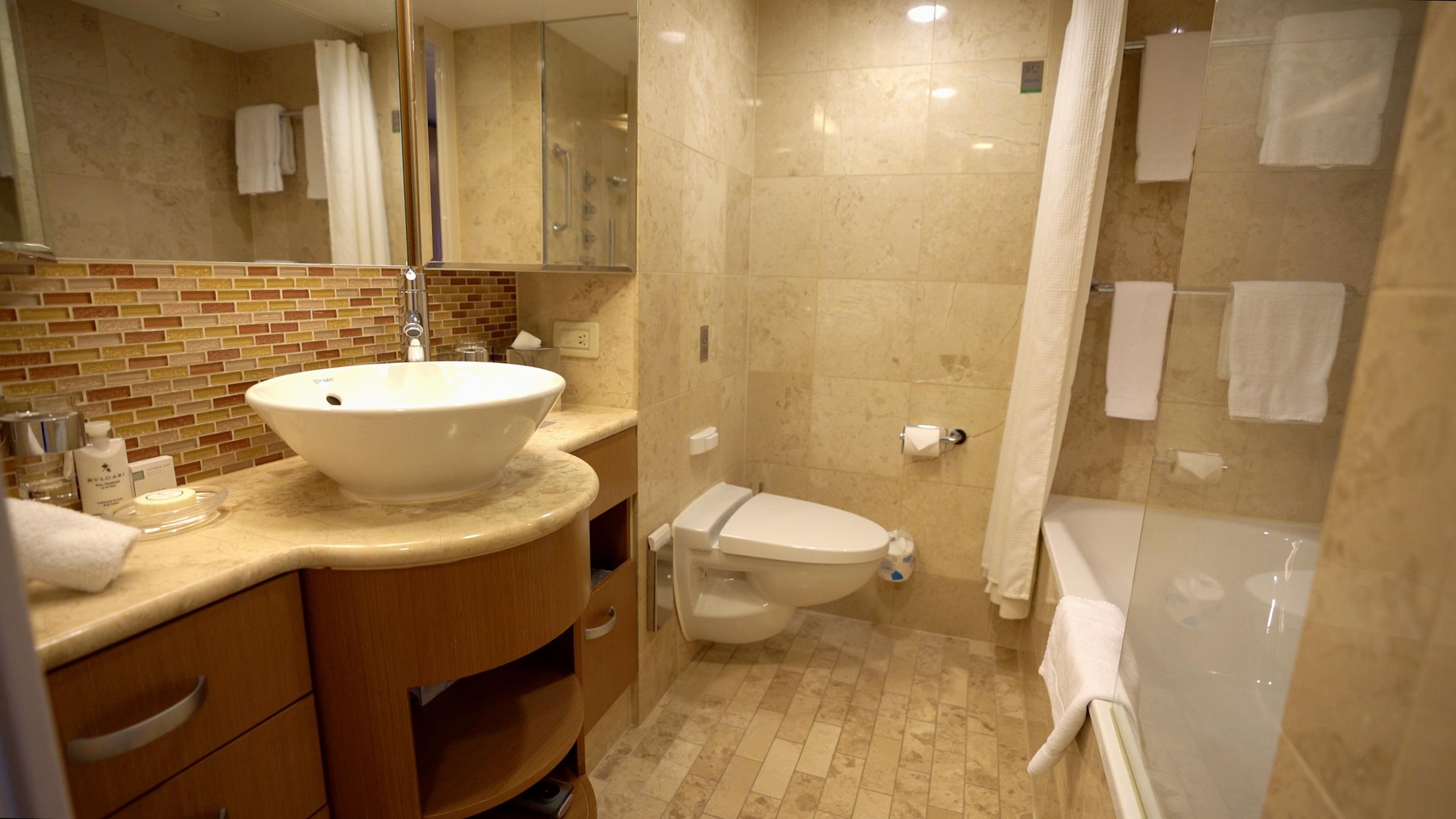 Sky suite bathroom