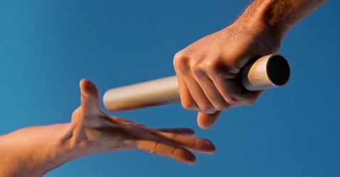 Lead-Hand-Off.jpg