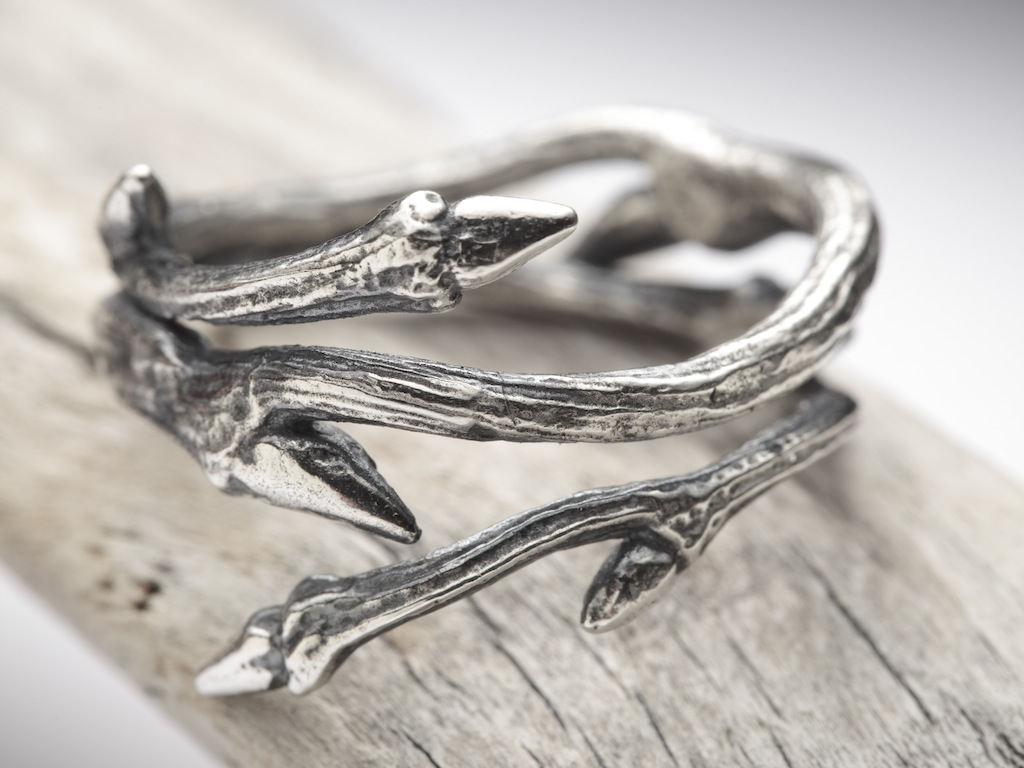 Elvish Twine ring RedSofa jewellery_2907.jpg