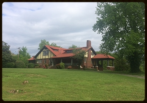 Recent photo of 3222 Kingston Pike