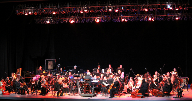 Symphony In The Glen Playing along to The Skeleton Dance from 2014 EEK at the Greek