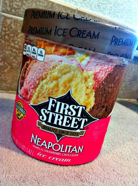 Ore Cookie Ice Cream Balls